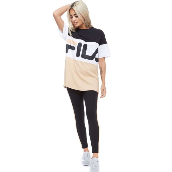 17cd9f752689 Fila Tops - ✨✅ FILA Boyfriend-Style Logo T-Shirt , Sz.
